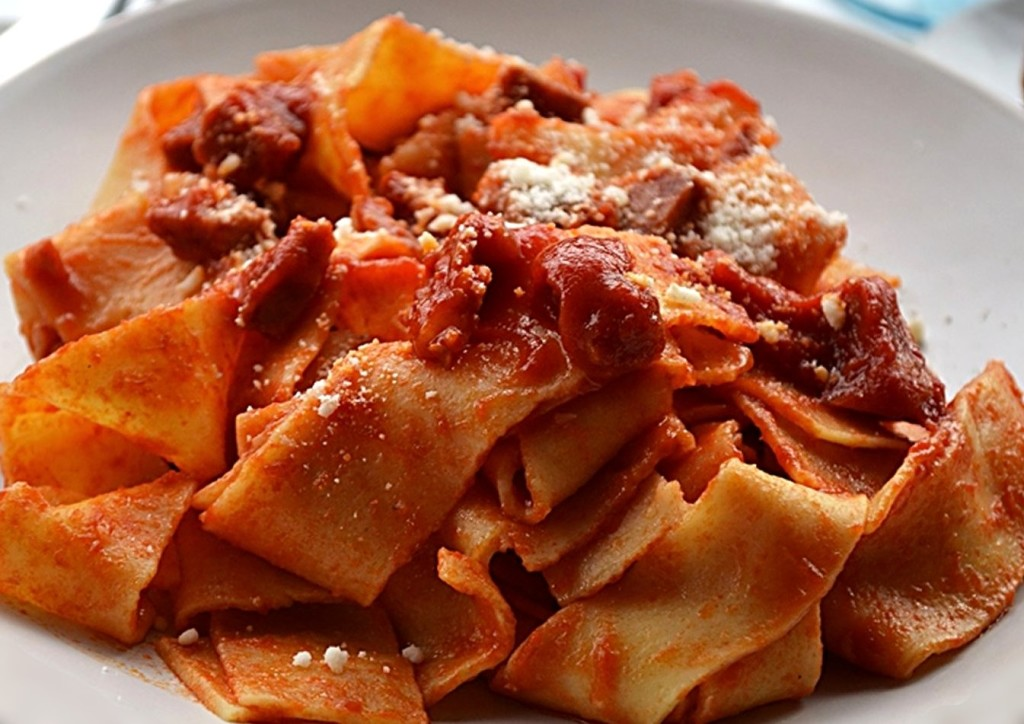 pasta and italian red sauce