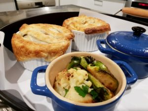 accommodation meals for travellers